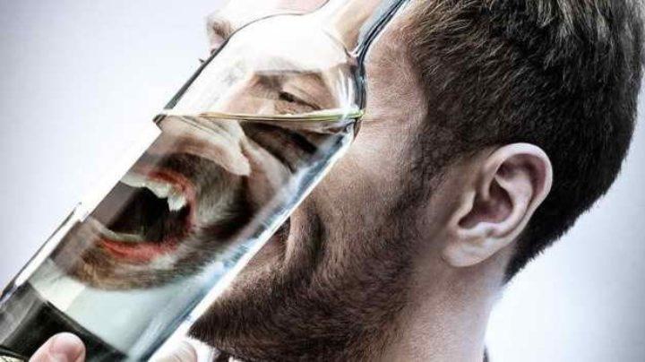 Алкоголь повышает риск развития дисбактериоза ротовой полости