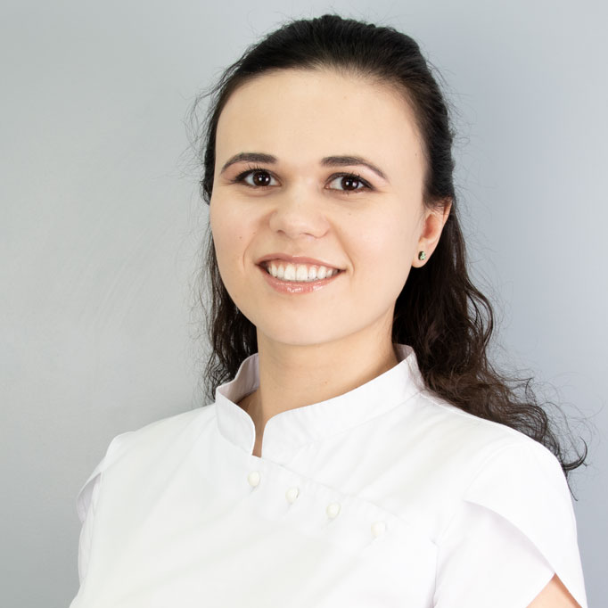 Karaseva-Darya-ortodont